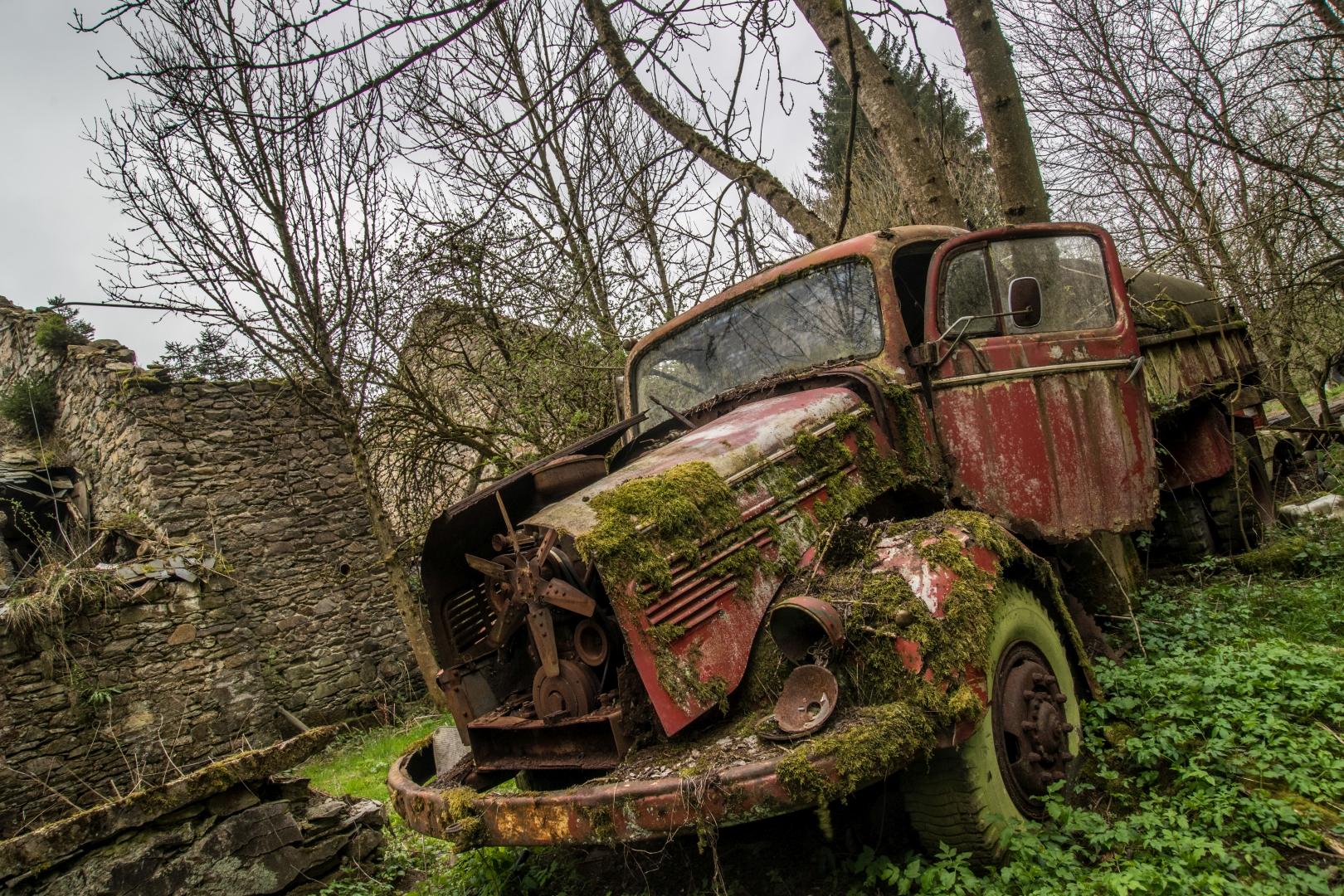Farm of the Cars